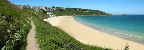 carbis bay beach for self catering cottage holidays in cornwall