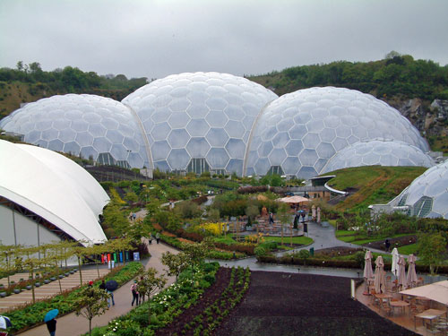 places to visit cornwall Eden project